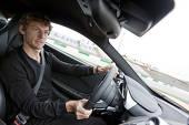 Jenson Button (McLaren) a primit din partea angajatorului un model McLaren MP4-12C (625 CP)