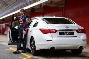 """Ca """"Director of Performance"""", Vettel a primit drept maşină de serviciu noul Infiniti Q50"""