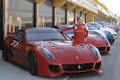 602-felipe-… dar Massa îi rămâne fidel şi bestiei Ferrari 599XX (700 CP), primit în 2010massa-ferrari-599