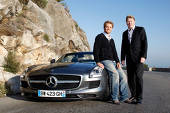 Nico Rosberg (Mercedes) are un Mercedes SLS AMG Roadster nou-nouţ, cu care l-a plimbat pe Hakkinen prin Monaco