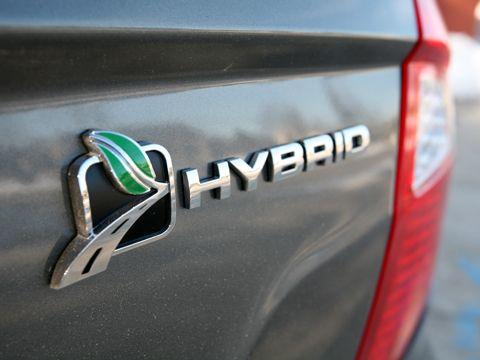 Ford planuieste o noua serie de masini hibride
